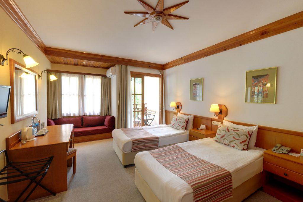 Standard Valley Room & Suite